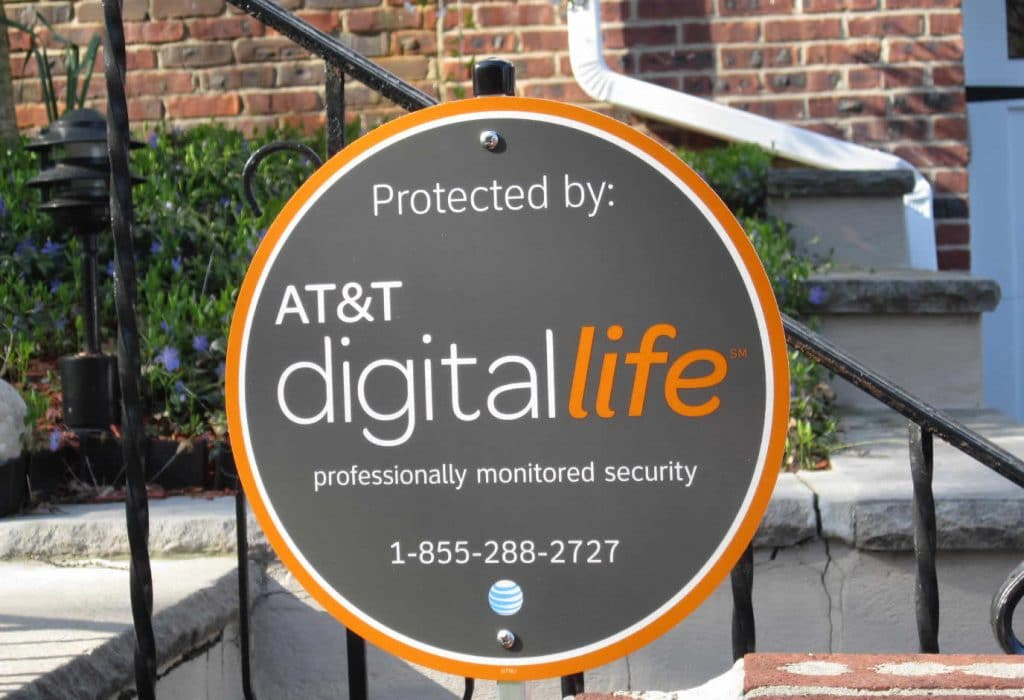 digital life yard sign